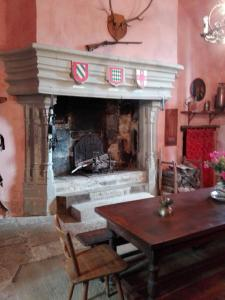 1 Chateau de Savigny intérieur (2)