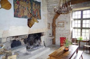 1 Chateau de Savigny intérieur (4)