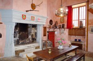 1 Chateau de Savigny intérieur (7)